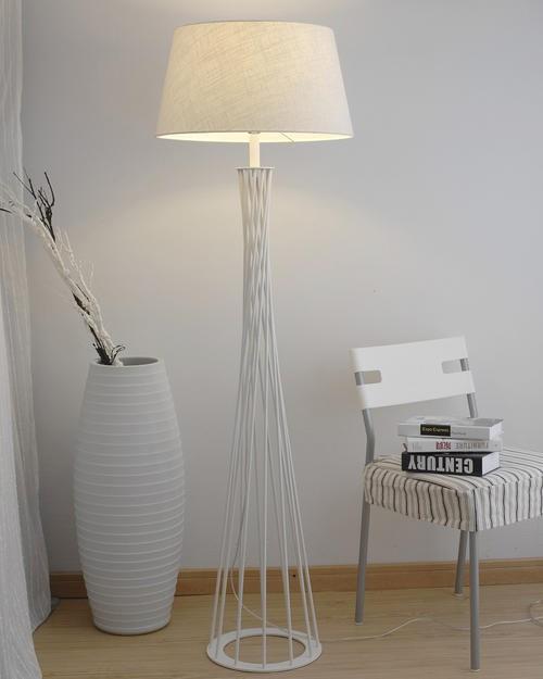家庭落地灯安装最佳高度,落地灯如何安装图解