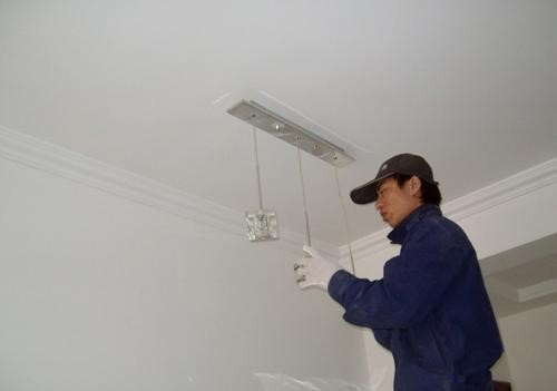 灯具安装一般月工资能拿多少?灯具安装工的如何考核?