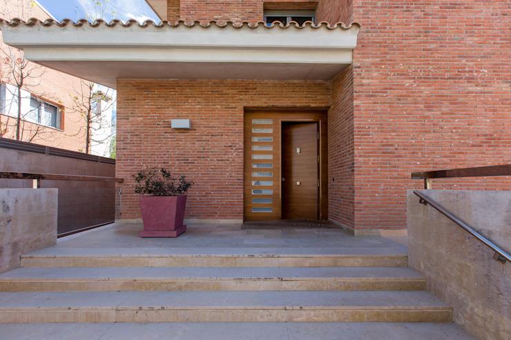 外觀樸實的時髦舒適的住宅
