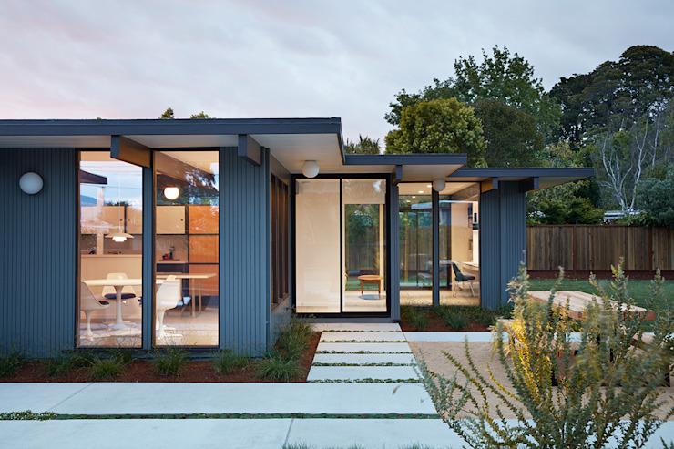 室外天井与房子完美互补的现代风格平房公寓