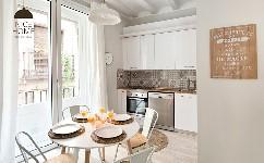 一个充满DIY和宜家风格的公寓