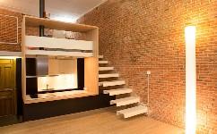 什么是楼梯实现的夹层,现代卧室空间的夹层结构