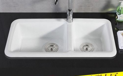 陶瓷厨房水槽怎么护理和清洁? 厨房水槽保养注意事项