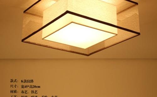 如何在没有吸顶灯的房间里,临时牵线悬挂安装一个的灯具?