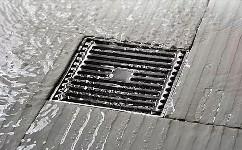 车库地漏怎么安装?安装排水管以保持车库清洁