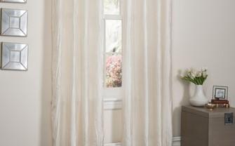 窗帘嵌板,让你的卧室更加优雅
