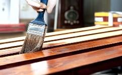 如何成功地刷上清漆?家具涂清漆的步驟和方法是什么?