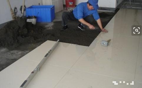 瓷砖的铺设方法,我们该如何铺瓷砖