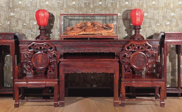 如何識別和購買紅木家具?