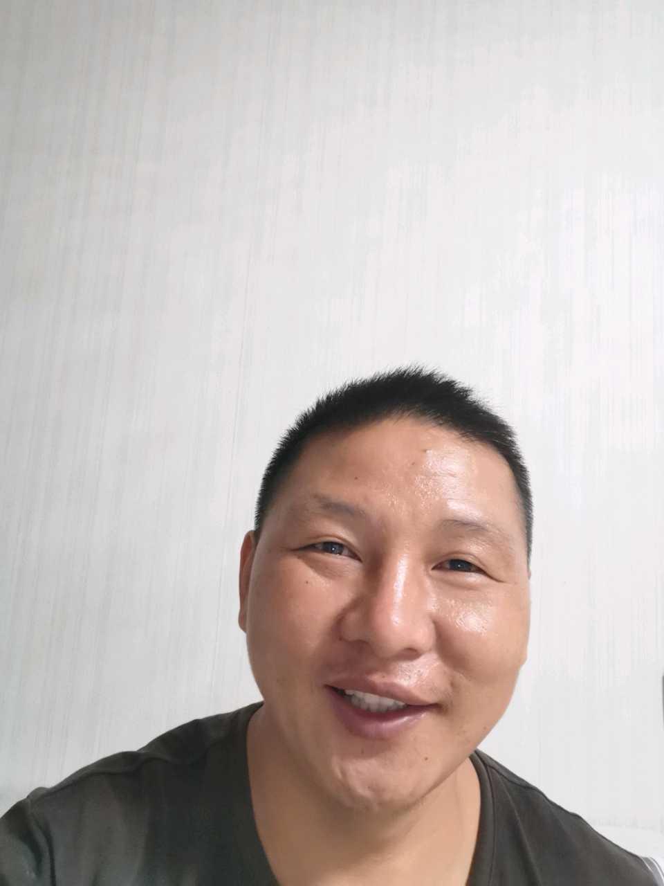 长顺县,福泉,都匀静电地板维修刘师傅